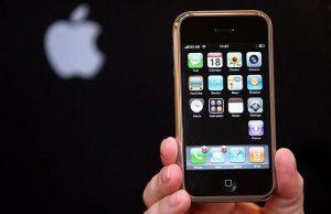 Apple продала 1 миллион iPhone