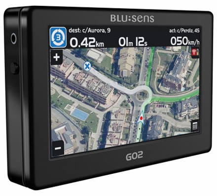 Blusens представляет GPS устройство со спутниковыми картами