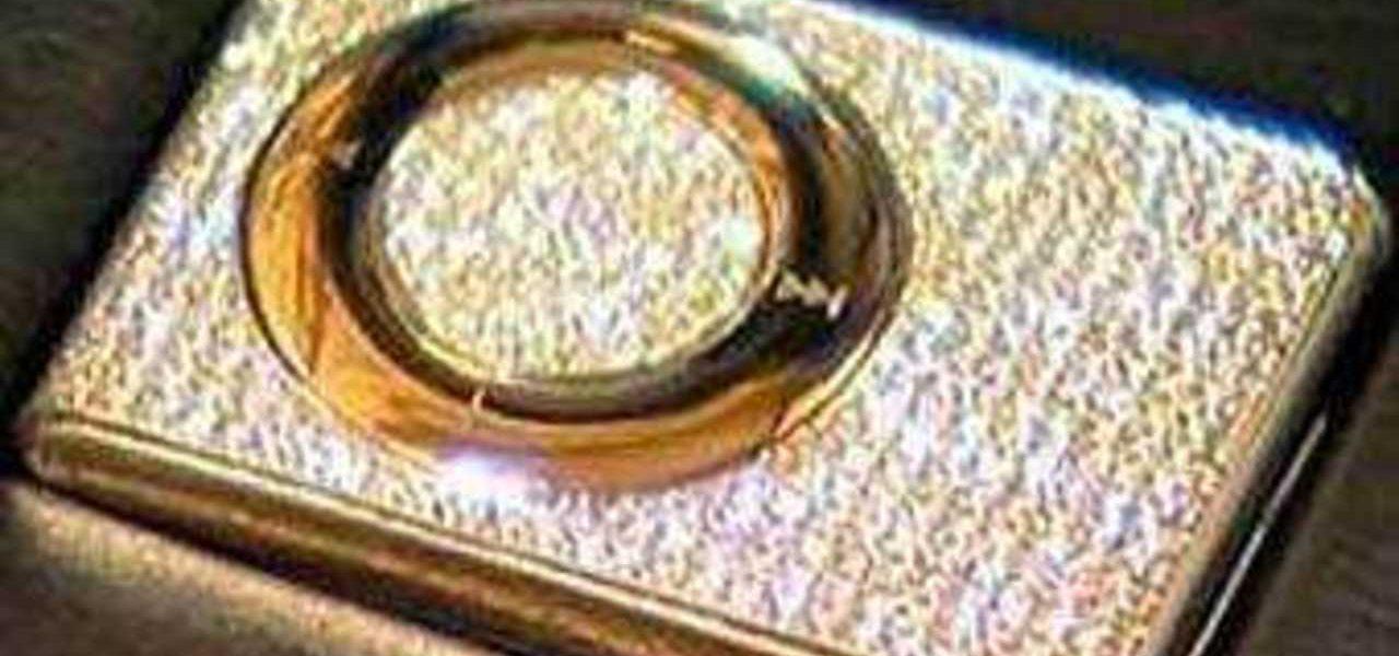 украшенный алмазами iPod