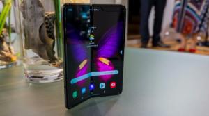 Обзор Samsung Galaxy Fold: мы собрали для вас все в одном месте