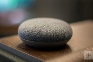 Обзор динамика Google Home Mini