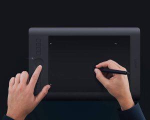 Wacom представляет новый планшет Intuos Pro Small