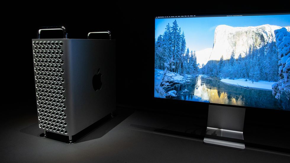 дисплей и системный блок apple